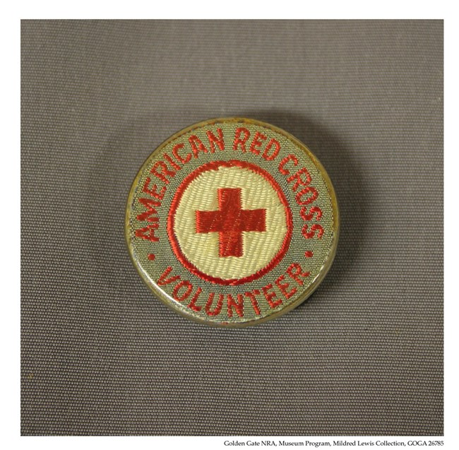 GOGA 26785 Mildred Lewis Collection Red Cross Pin