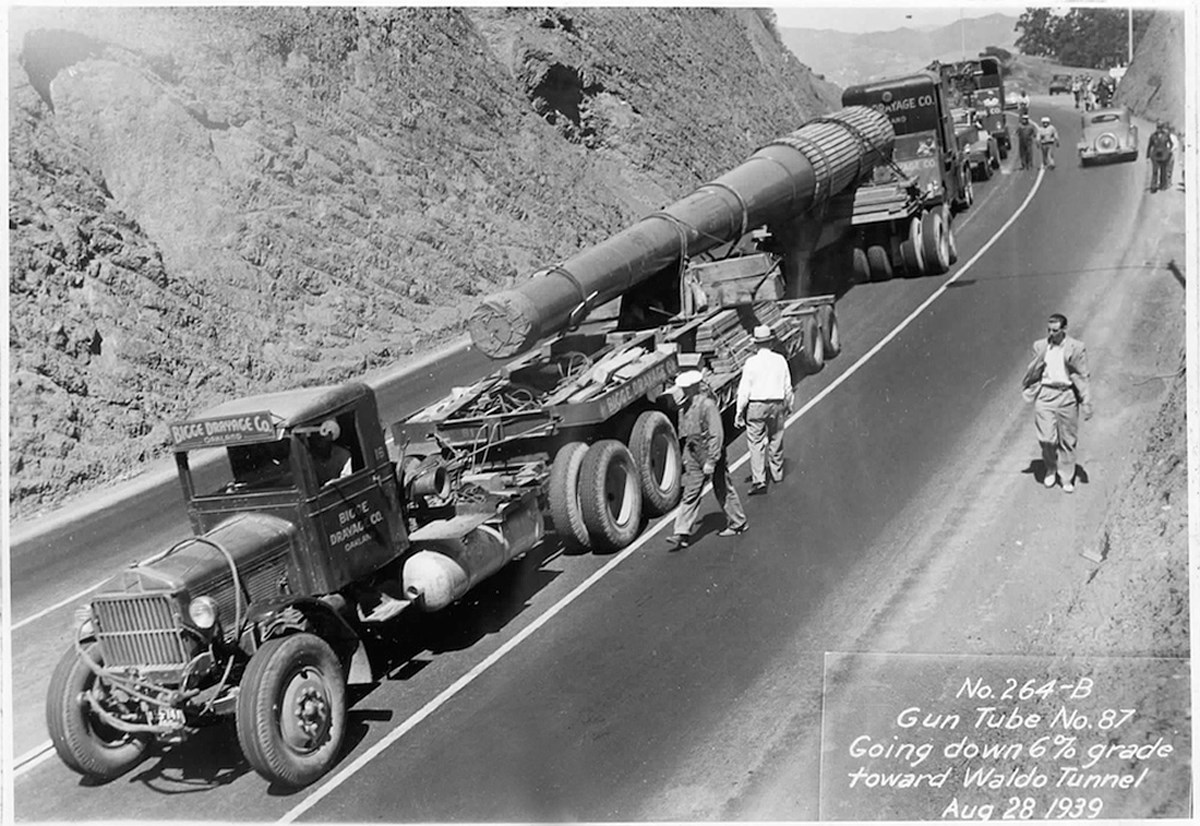 photo of a trailer transporting a 16-in gun near Waldo Grade in 1939