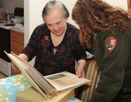 Mrs. Wanderlingh discusses her memories of Governors Island with a National Park Ranger.