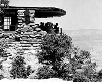 09765 EAST FACING EXPOSURE OF YAVAPAI MUSEUM. TELESCOPES SET UP ON PARAPET. PEOPLE. 16 JUNE 1929. NPS, GRANT.