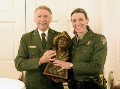 Lisa_Hendy_Yount Award winner with NPS Director Jon Jarvis