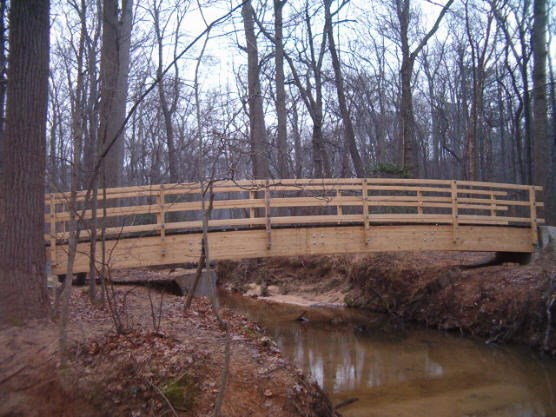 A picture of the New Still Creek bridge on the Perimeter trail in Greenbelt Park
