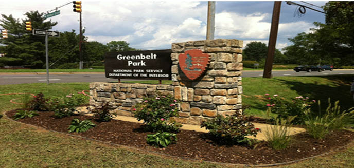 a picture of the entrance sign to Greenbelt Park.