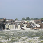Closeup of Great Falls from river level