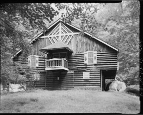 Hunters' cabin in Elkmont, photographed by Haas.