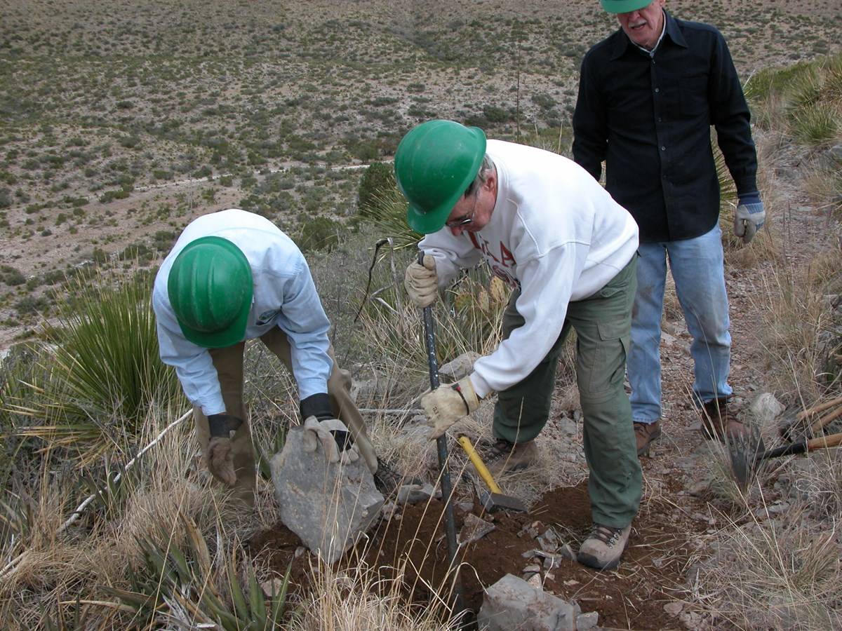 Sierra Club members do trail work as volunteers during their annual service trip.