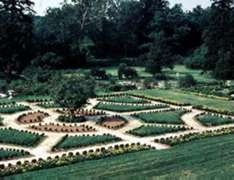 The mid-Atlantic region boasts many terraced gardens. Hampton's is one of the biggest and best.