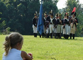 War of 1812 reenactors visit Hampton