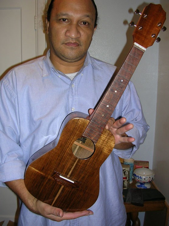 'Ukulele maker Oral Abihai