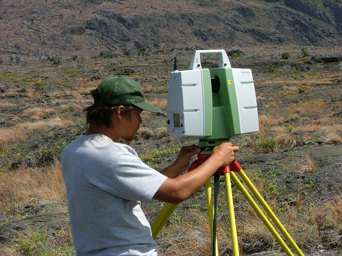 Archeologist using LiDar at Puuloa