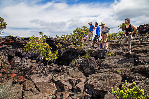 NPS Volunteer Ruth Levin leads the People & Land of Kahuku hike