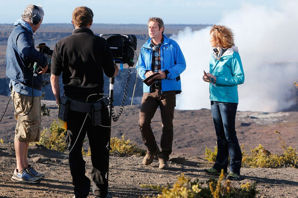 BBC hosts on location at Kīlauea Overlook