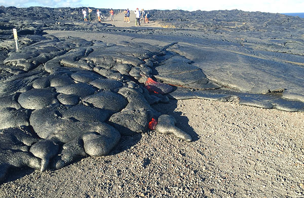 Lava crossed the emergency road on July 25, 2016