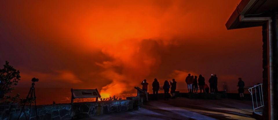Evening glow from Halema'uma'u on January 8, 2017