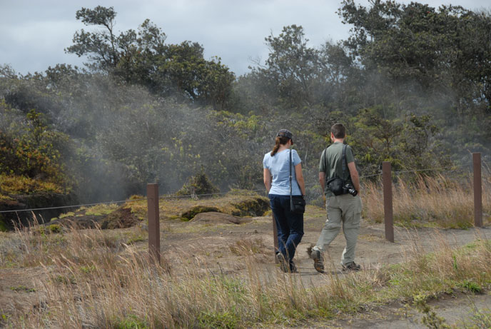 Crater Rim Trail along Steam Vents