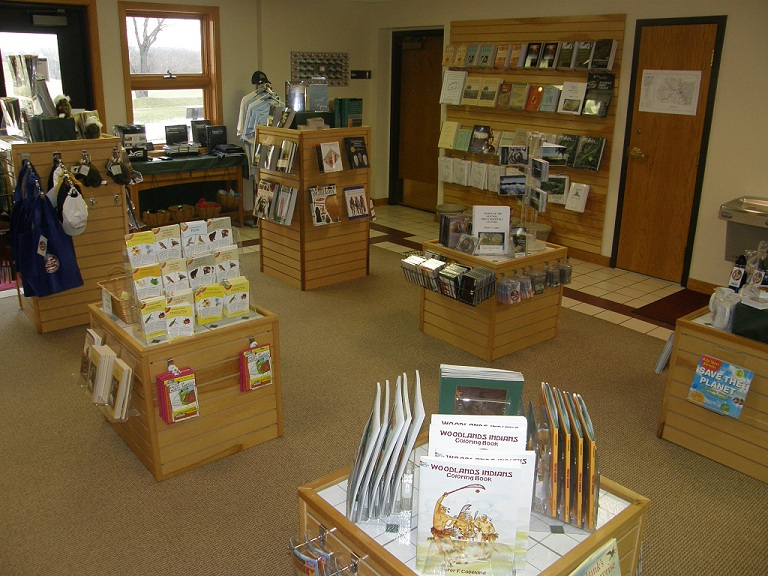 EN Bookstore in Visitor Center