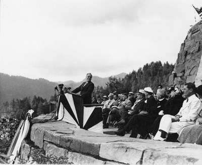 FDR dedicates Great Smoky Mountains National Park, 1940