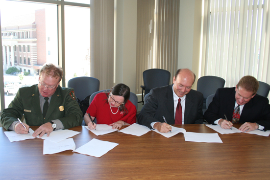 Signing parnership agreements