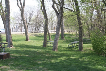 Education Center Picnic Area