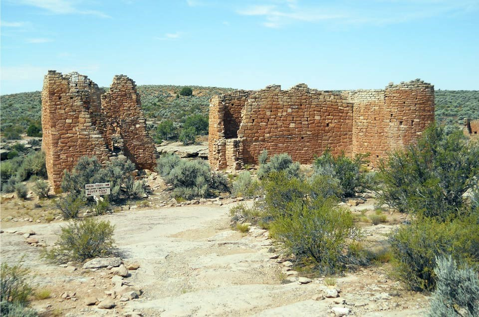 rock-lined hiking trail leading to Hovenweep Castle