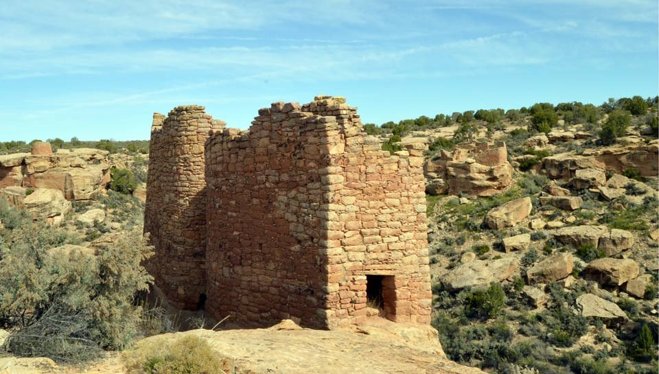 Twin Towers structures with Little Ruin Canyon in background
