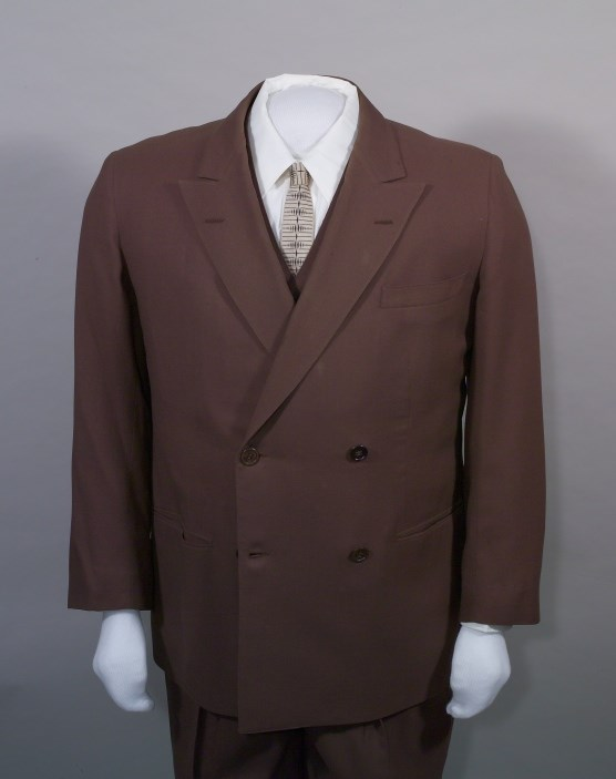 Brown suit, HSTR 3847