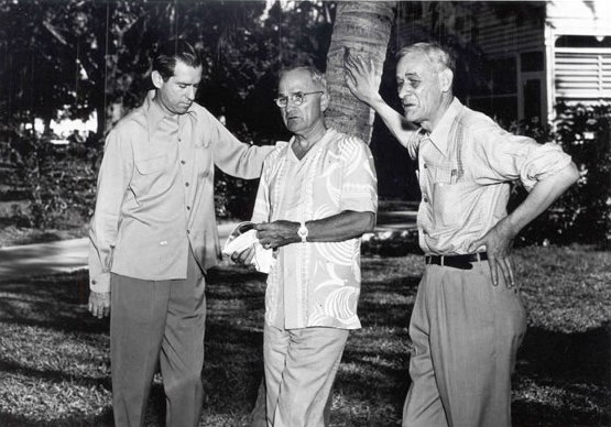 Truman with staff in Key West, November 1948.