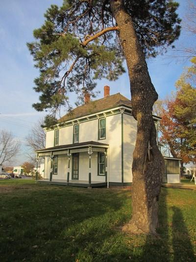 Truman Family Farm Harry S Truman National Historic Site U S National Park Service