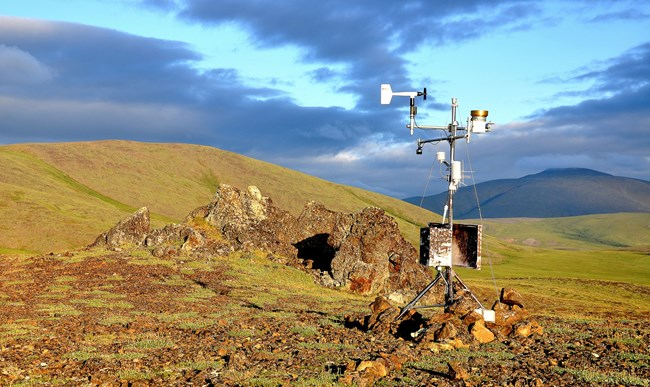A weather station at Howard Pass.
