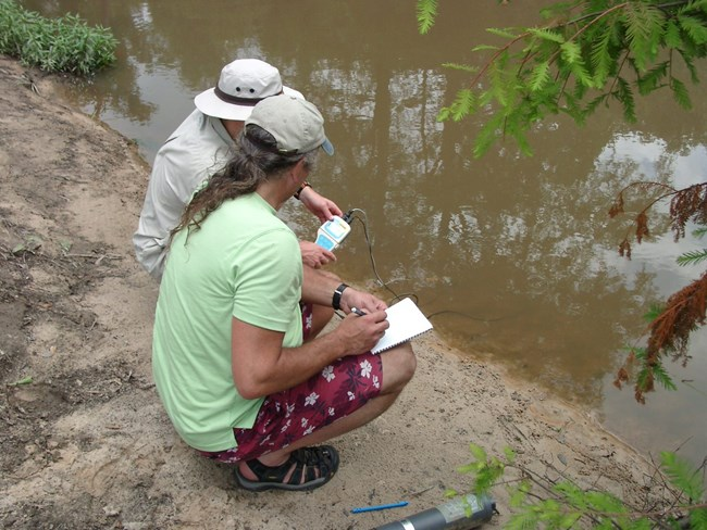 water quality monitoring in the Gulf Coast