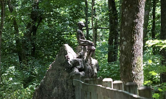 Statue of young George Washington Carver