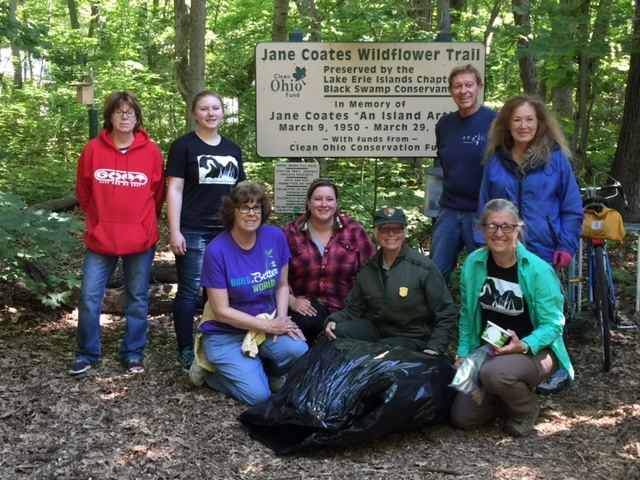 Victoria Roggenbeck, Samantha Newhouse, Karen Wilhelm, Alyssa Kudray, Kathie Holbrook, Lisa Brohl, and Ed and Rikki Herdendorf recently pulled 14 large bags of garlic mustard.