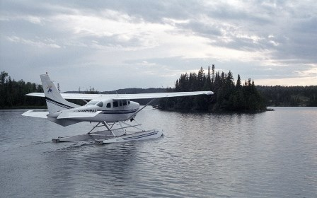 Isle Royale seaplane readying for takeoff