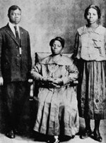 Louis Armstrong with his mother and sister