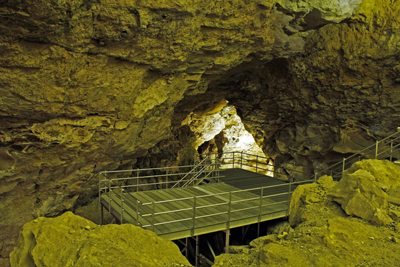 View of the visitor platform in the Target Room in Jewel Cave.  The Discovery Talk takes place here.