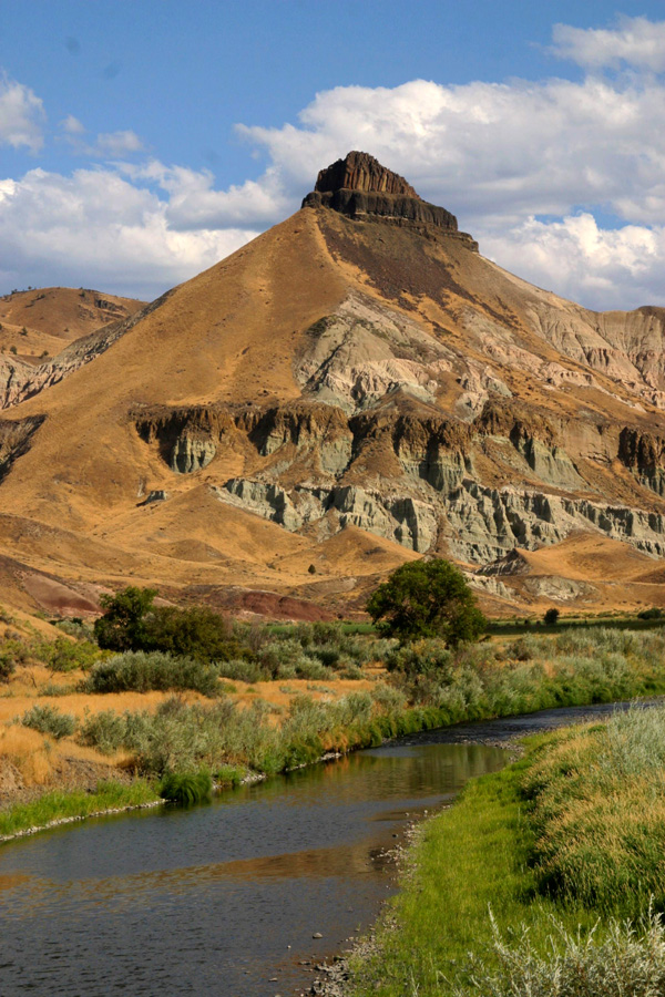 Sheep Rock John Day Fossil Beds National Monument U S