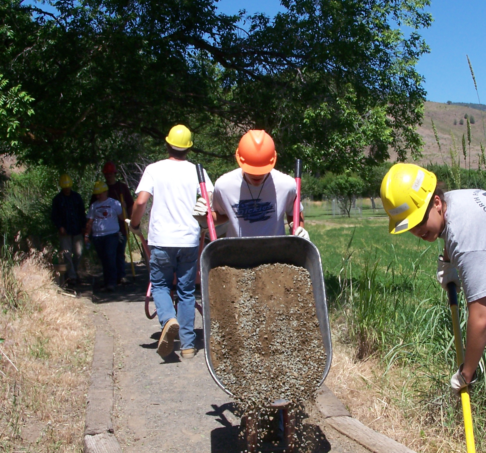 Youth help improve the trails at John Day Fossil Beds.