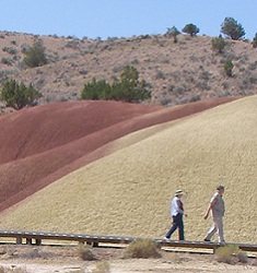 painted hills boardwalk
