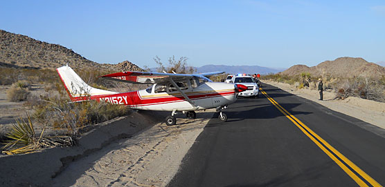 Cessna 182 on Pinto Basin Road