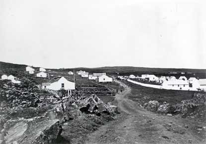 Early photo of the Kalawao settlement.
