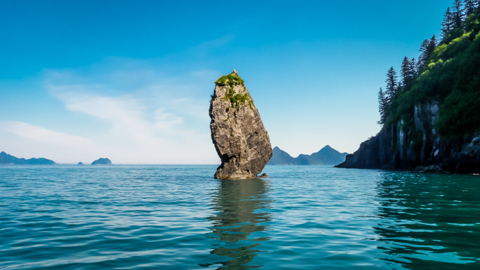 Sea stack in Aialik Bay. Photo J. Markus/NPS