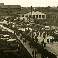 Historic Photo: Marchers and spectators gather on Red Jacket Road during the Armistice Parade on November 11, 1918