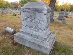 "Grave marker with the last name ""Brockway"""