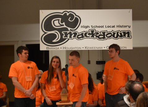 A team answers a question during the 2014 Smackdown competition.