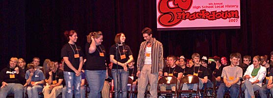The Ontonagon Rum Runners deliberate over a question during the 2007 Smackdown.