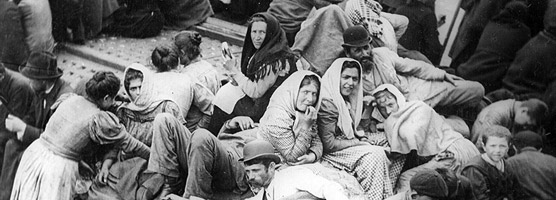 Historic photo: Immigrants aboard a ship