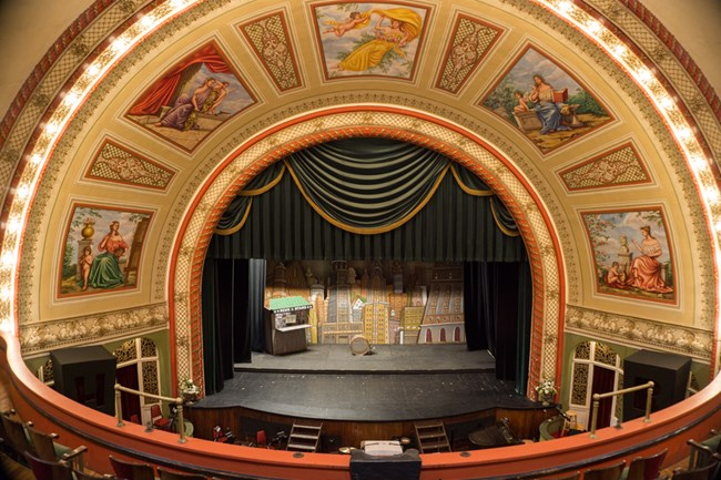 The interior of the Calumet Theatre