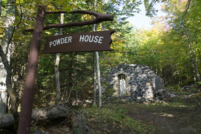 Powder House ruins at Central Mine
