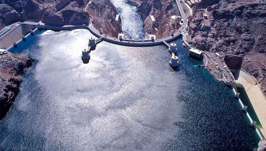 An aerial view of a full Lake Mead circa 2001