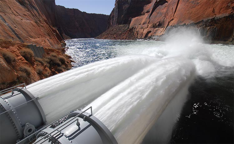 Jet tubes at Glen Canyon Dam